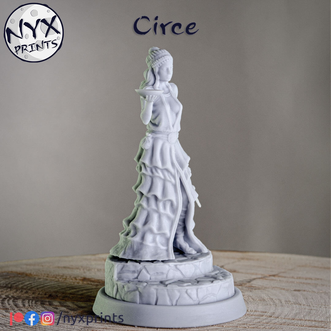 75mm 3d printed miniature of a sorceress.
